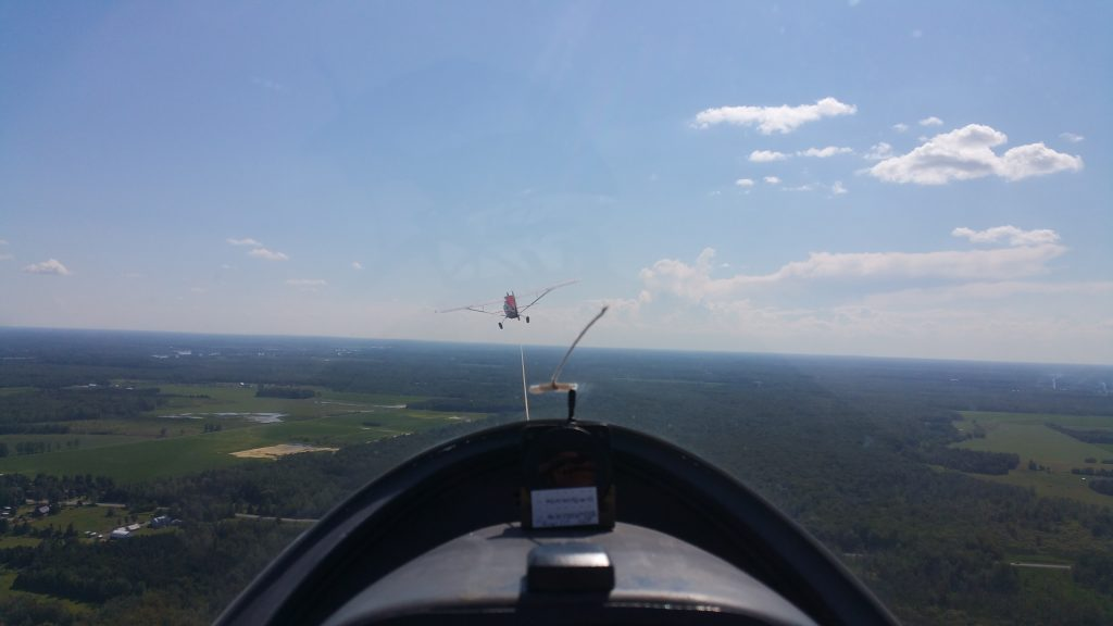 My Debut Into the World of Towing Gliders – FlyingNathalie ca